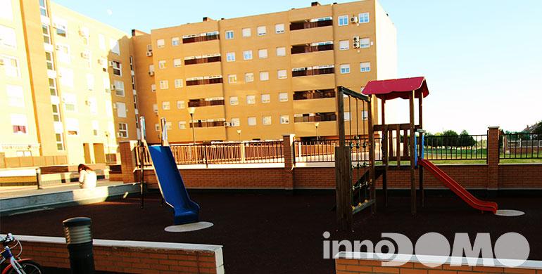 ID00092P_avda_del_leguario_00_parla_59