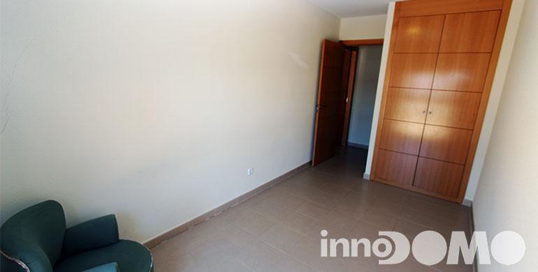 ID0111P_avda_del_leguario_196_00_parla_019