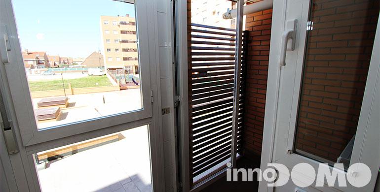 ID0111P_avda_del_leguario_196_00_parla_041