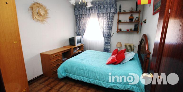 ID00195P_calle_Guadalquivir_00_parla_30
