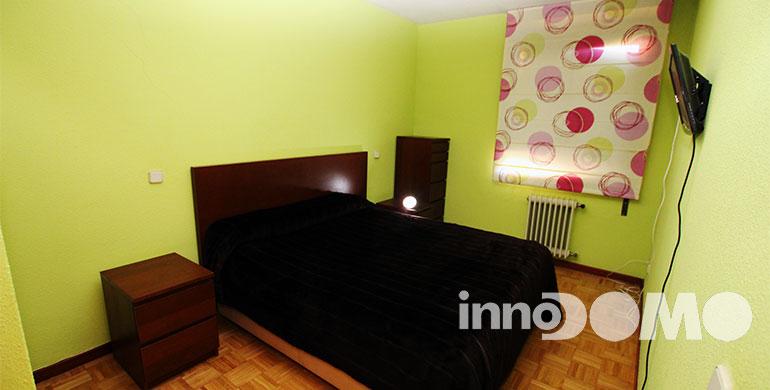 ID00213P_calle_Haya_00_00_Parque_Coimbra_Mostoles_02