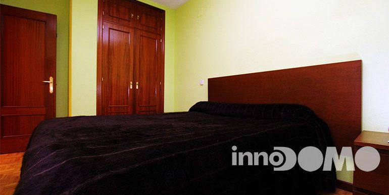 ID00213P_calle_Haya_00_00_Parque_Coimbra_Mostoles_09