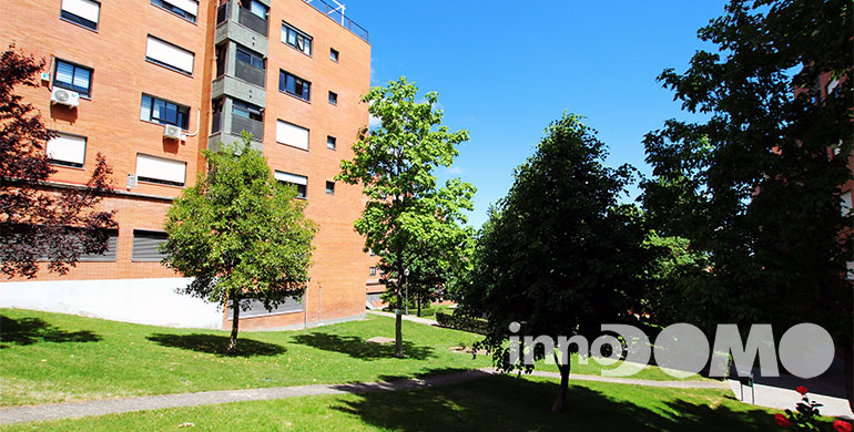 ID00213P_calle_Haya_00_00_Parque_Coimbra_Mostoles_97